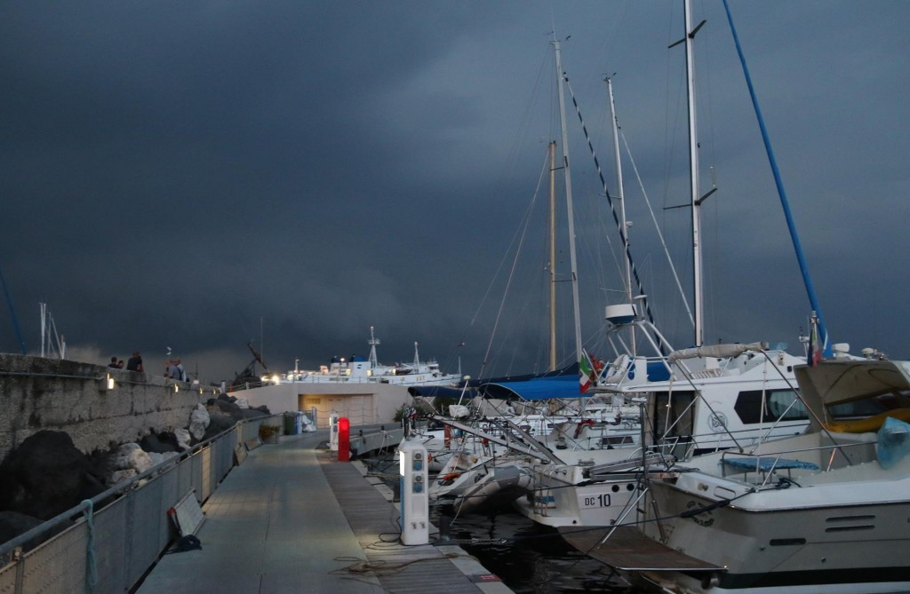We decide to head back to the boat after a while as the storm was approaching