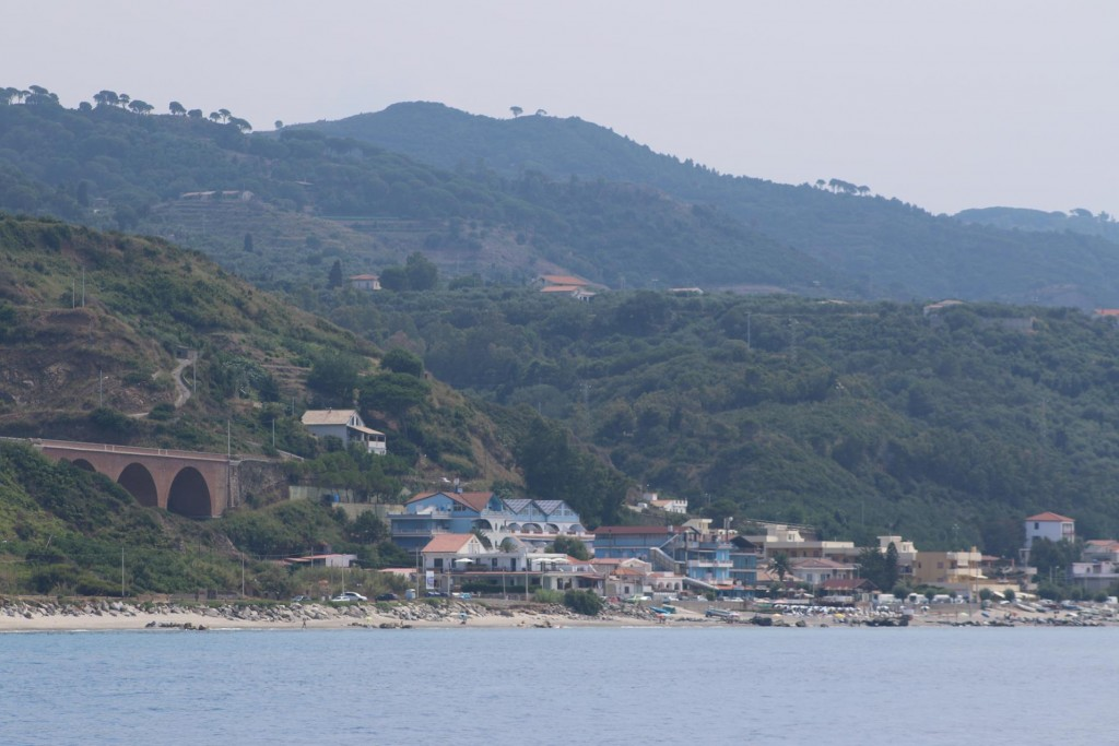 Continuing east we pass a couple of small towns before reaching the Messina Strait