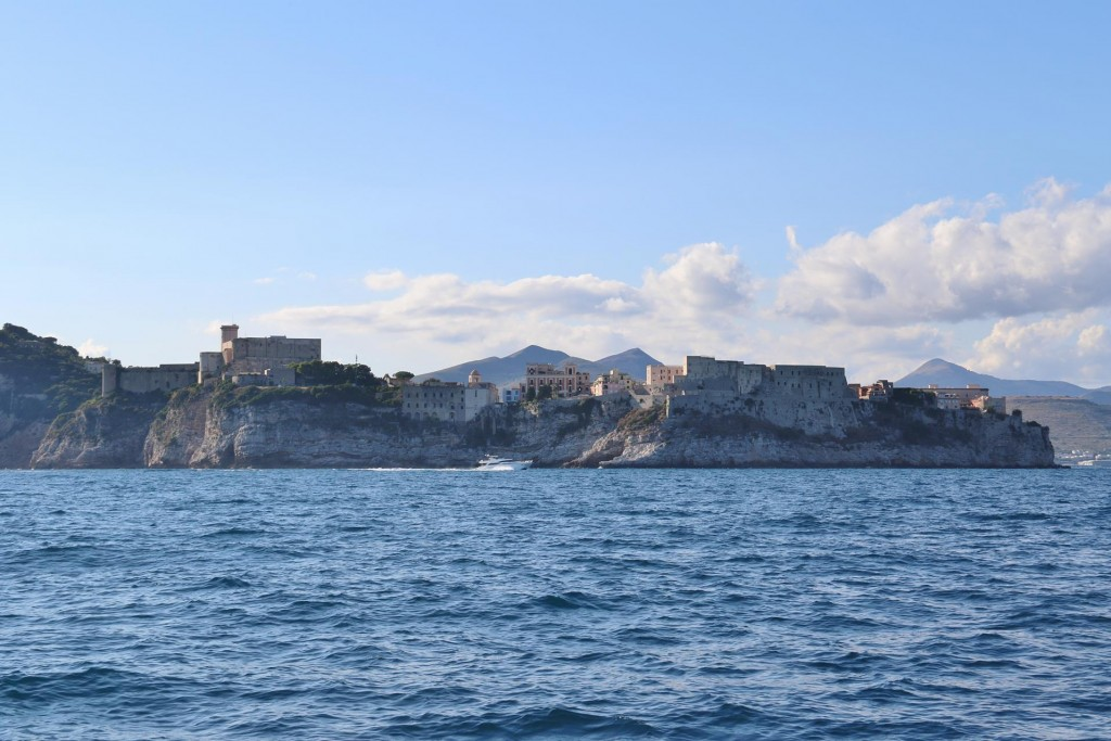 Finally we near the old town of Gaeta with it's castle and high cliffs