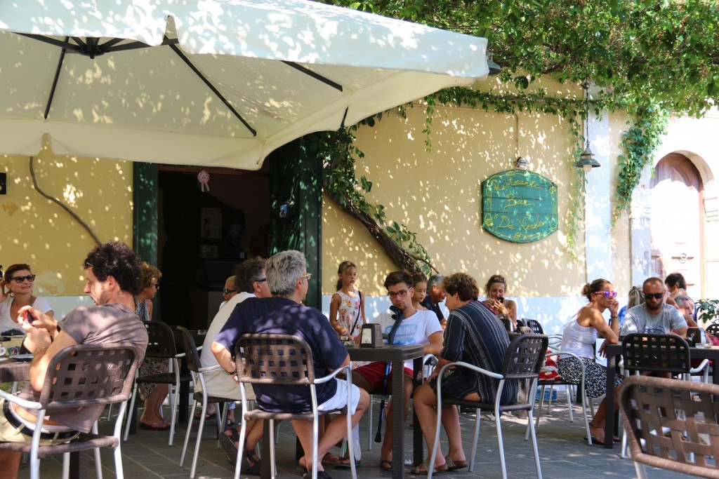 Da Verde is a great place to have a coffee during the day