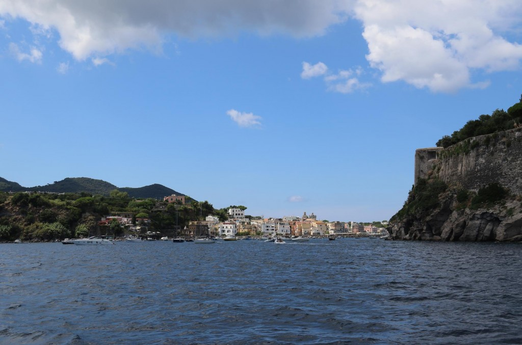 It is time to have a swim before we go into the Porto d'Ischia for the night