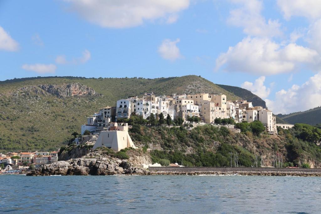 We pass the ancient town of Sperlonga