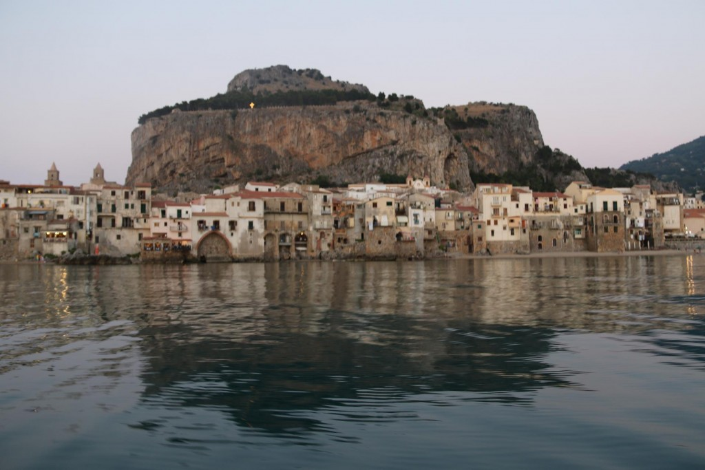 We continue on into Cefalu for dinner tonight