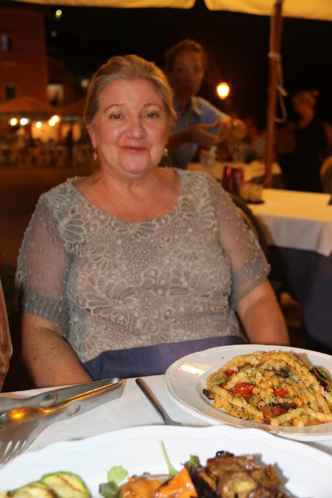 Sharon chose the vegetataran fuscilli