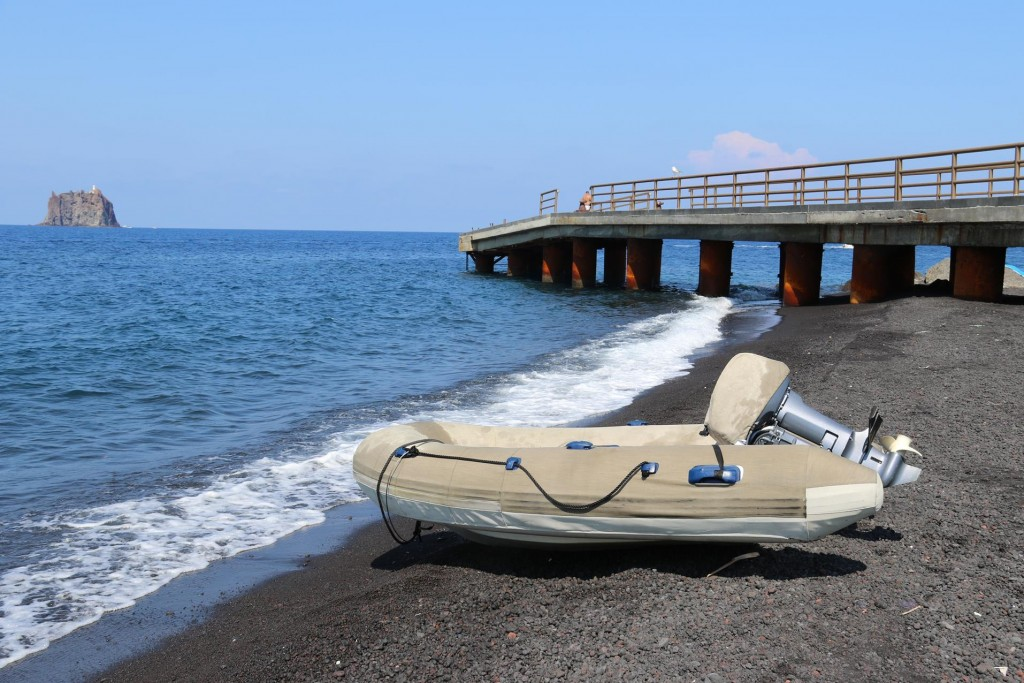 To explore the town we left our dinghy high and dry on the beach