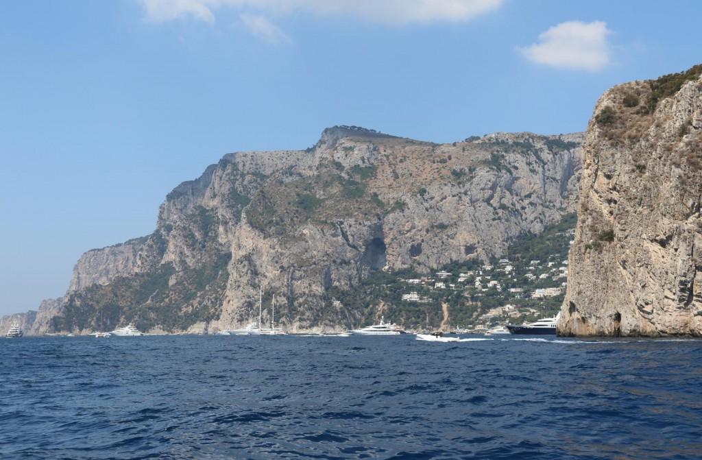 We head towards the very popular Piccola Bay