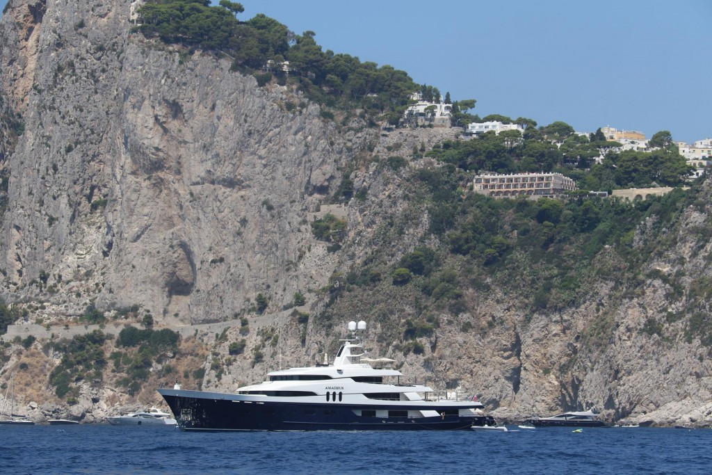 Louis Vuitton has also arrived in Piccola Bay