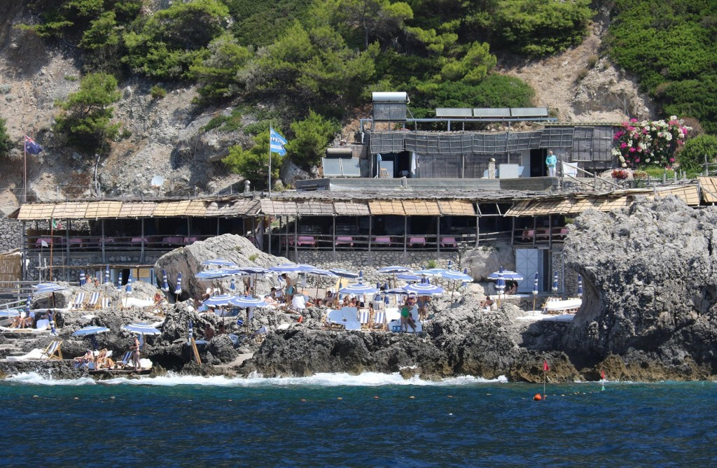 Built over the rocks by the Favignana Rock is a popular restaurant
