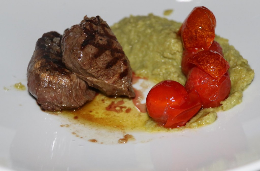 I needed a protein fix so I ordered the fillet steak with mashed peas