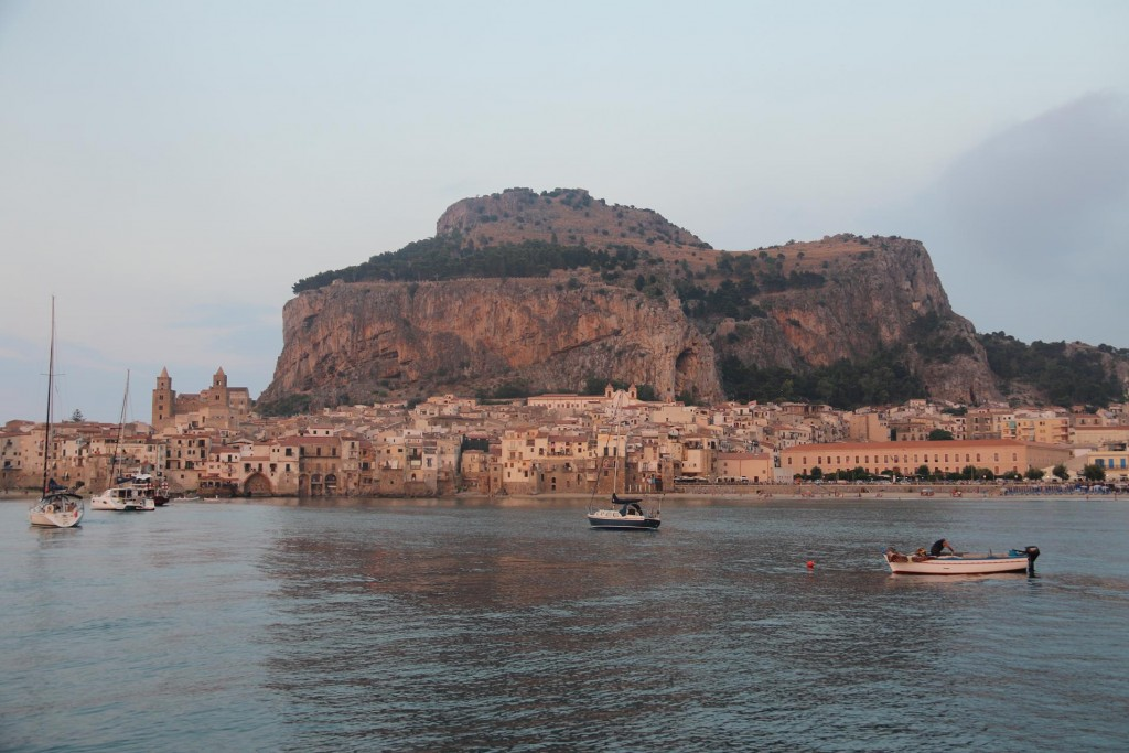Once freshened up and changed after our swim we set off by dinghy into the old town