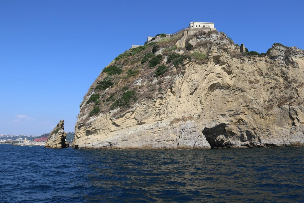 This islet has a lot of ancient Roman history, where Brutus and Cassius hatched their plan to murder Caesar on the island