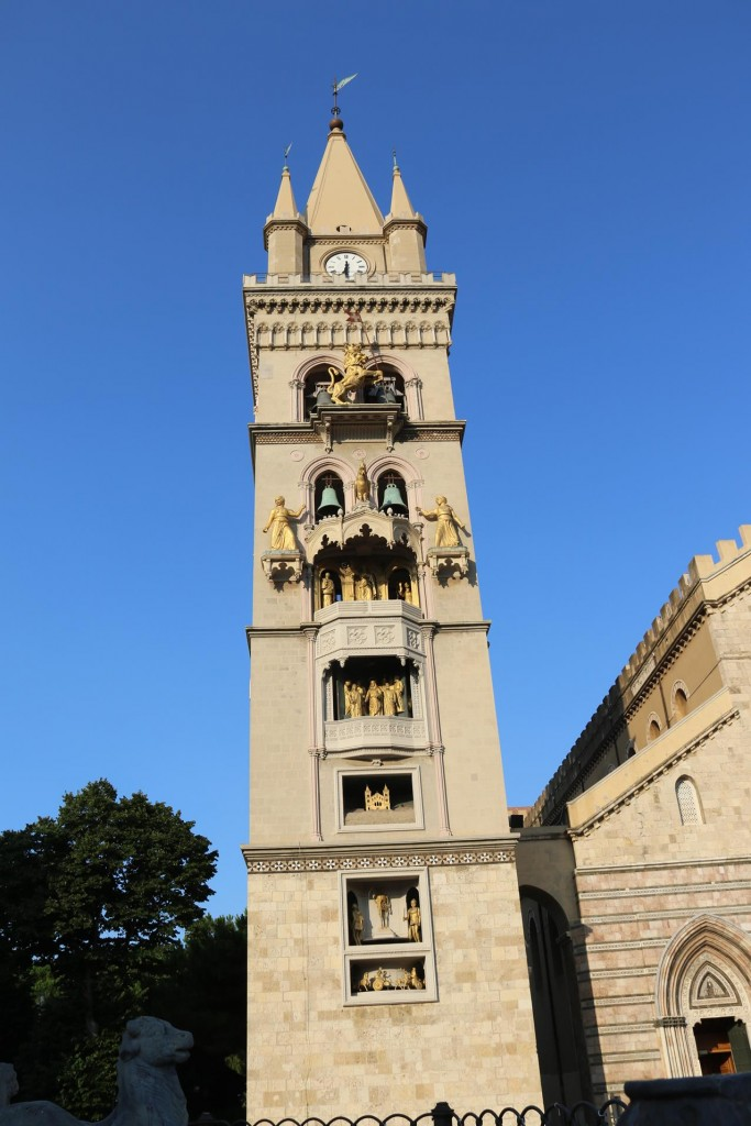 The Torre dell'Orologico, a 200ft clock tower comes alive at 12 noon everyday with it's bronze statues of a lion roaring, a rooster crowing and heroines moving - see YouTube