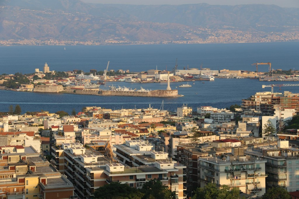 On our way back to Milazzo we stop in Messina