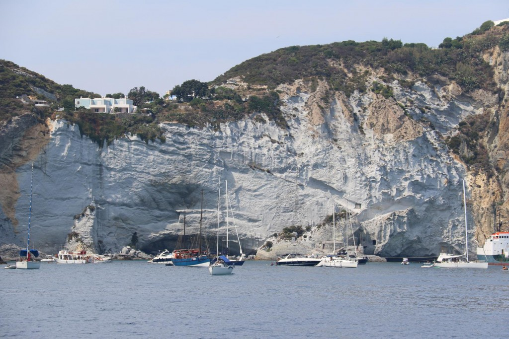 The white cliffs of Cala Inferno look amazing