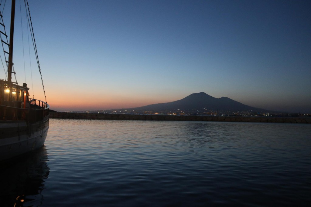 After a long day visiting 2 ancient sites in the extreme summer heat it was nice to get back to an airconditioned boat and have a cool drink looking across the water to Mount Vesuvius