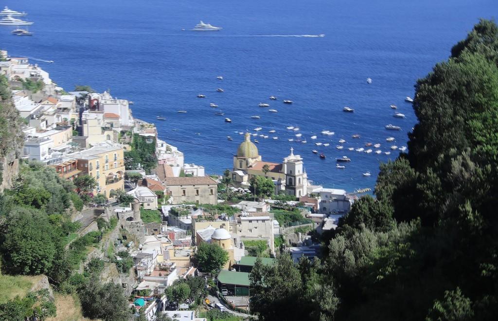 Overlooking Positano as we arrive by bus
