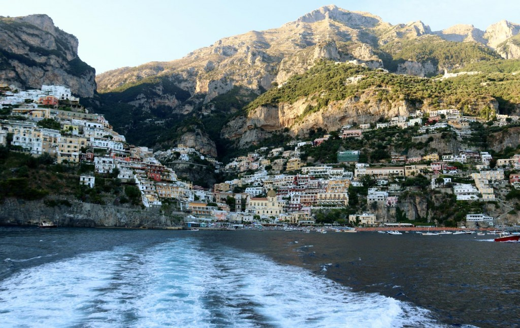 We decide to return to Amalfi by ferry