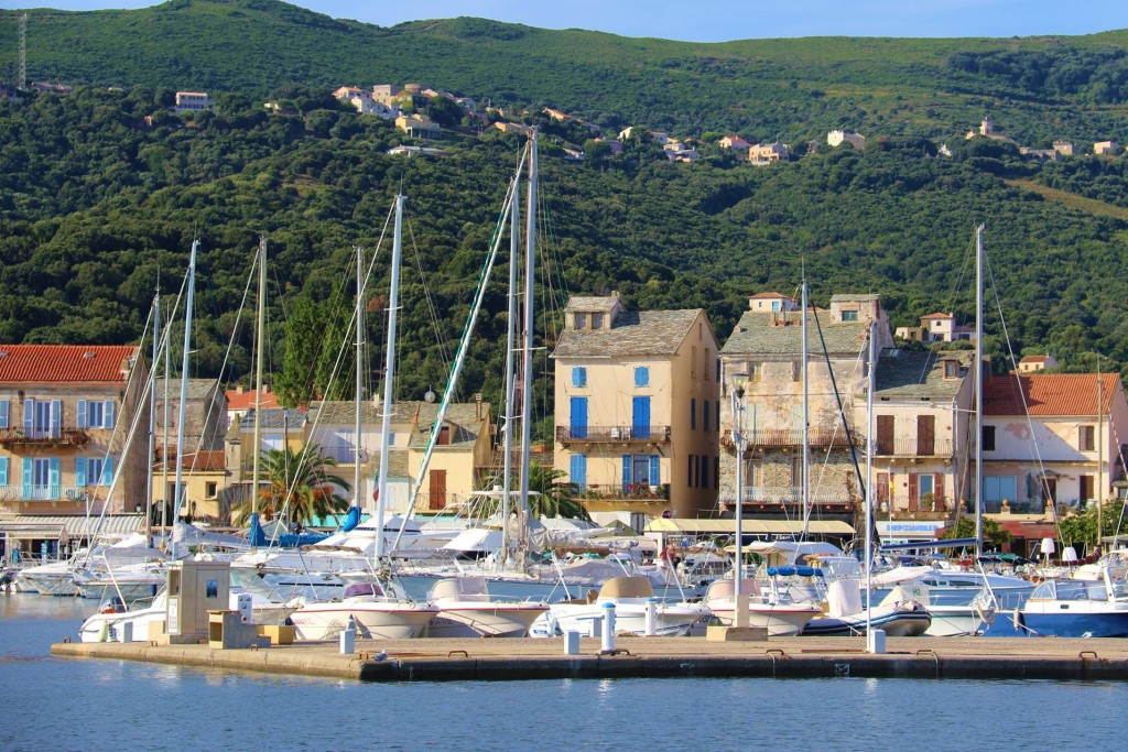 This morning we leave Macinaggio to continue of journey to down the west coast of Corsica