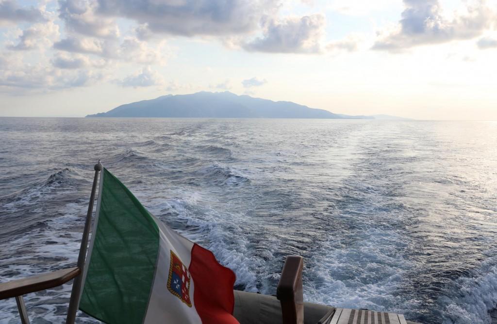 After almost 2 wonderful weeks we depart Isola d'Elba