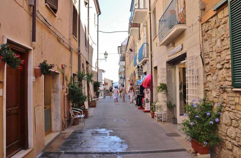 The narrow alleys of the town are quite charming
