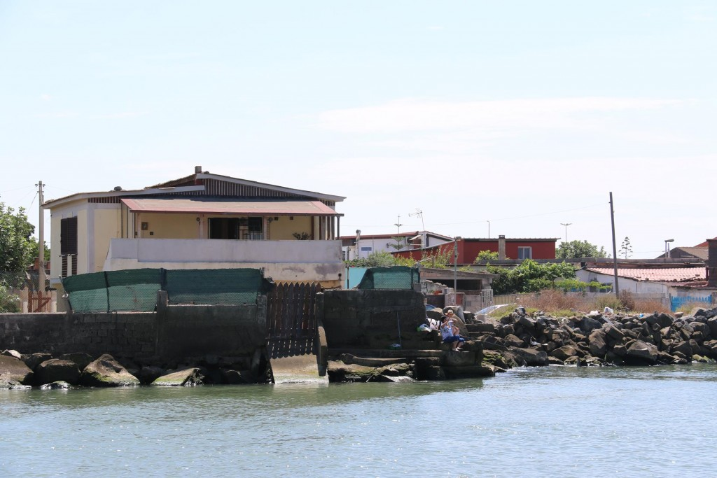 Some of the houses on the river appear to have had some flood damage in the past