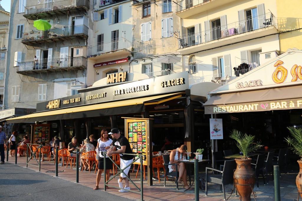 No shortage of restaurants around the port