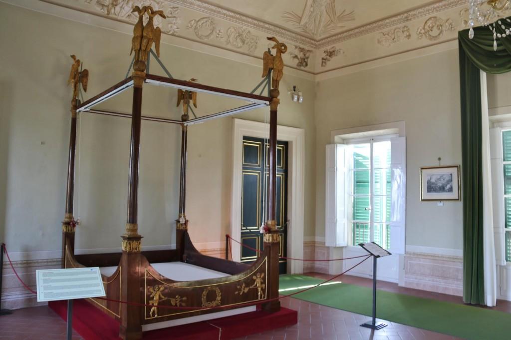 Napoleon's 4 poster bed