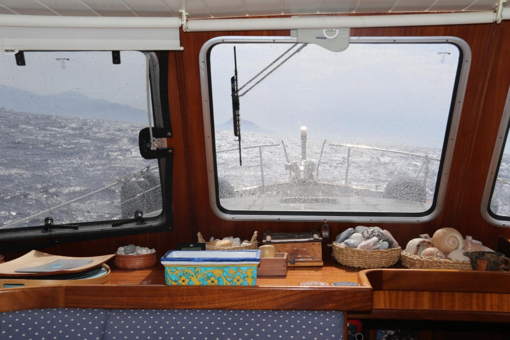 Between Calvi and Pointe Palazzo we had the wind on the nose which made the begininng of the trip a little uncomfortable