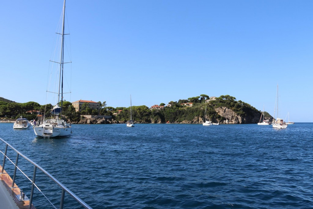 We spend a few hours here in Cavo before continuing to Portoferraio