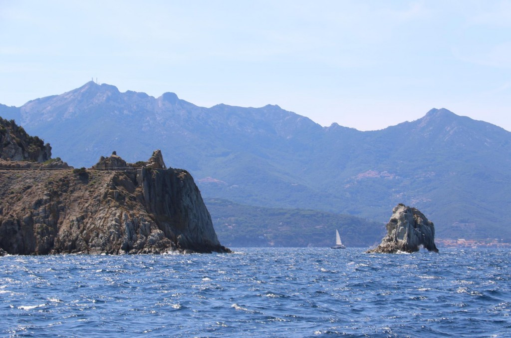 As we continue north we approach Isola d'Ortano