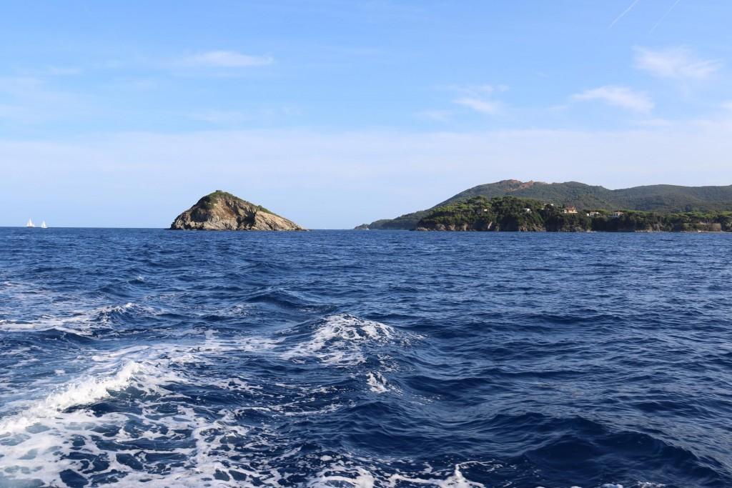 Looking back at Capo Vita with tiny Topi Islet nearby