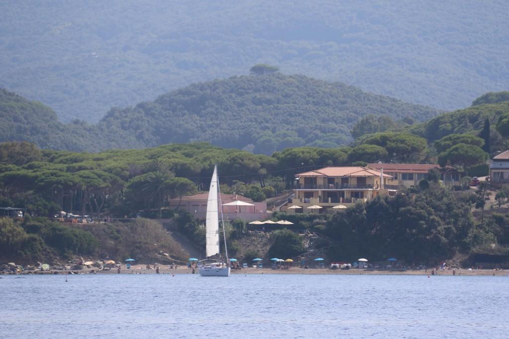A small anchorage by Capo Vita