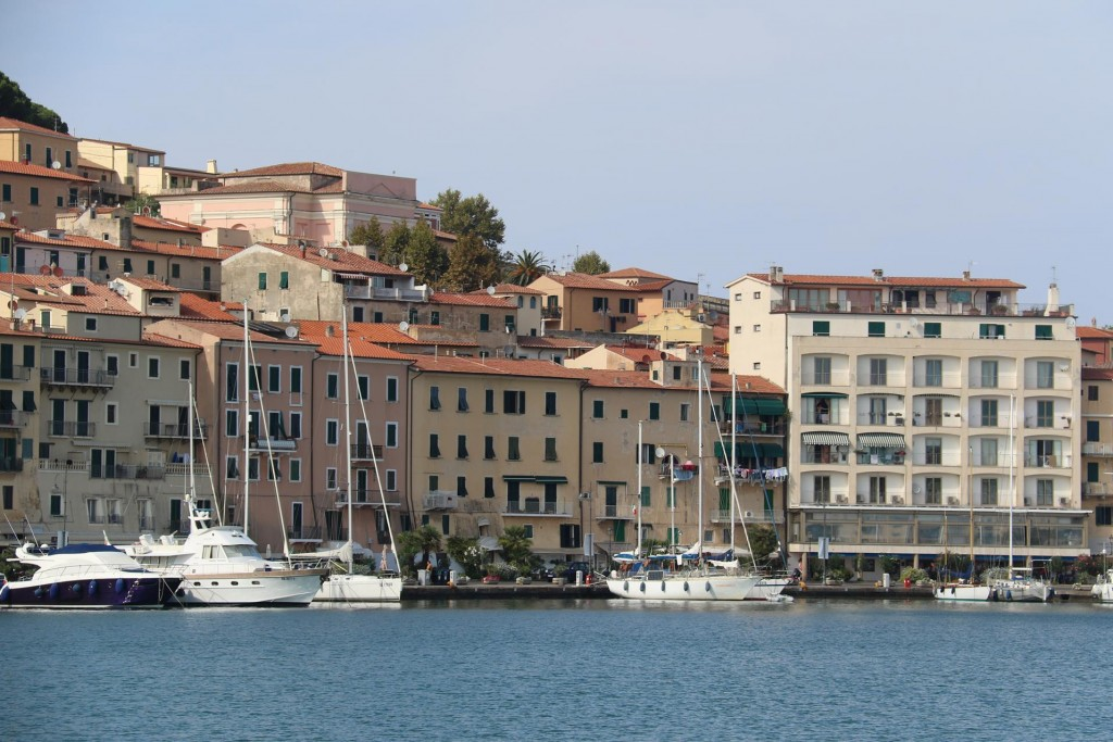 Yachts can moor in the main harbour however are only allowed to stay one night during the summer period