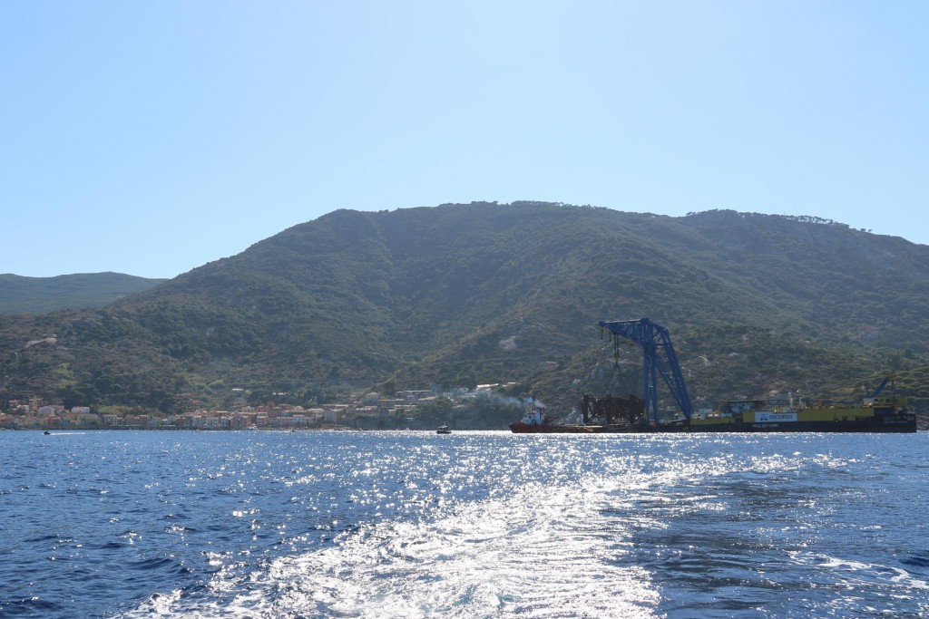 We decide that we would continue back to mainland Italy less than an hour for us from Isola Giglio