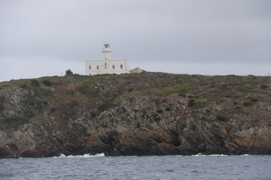 We pass the lighthouse at the bottom of ..... island