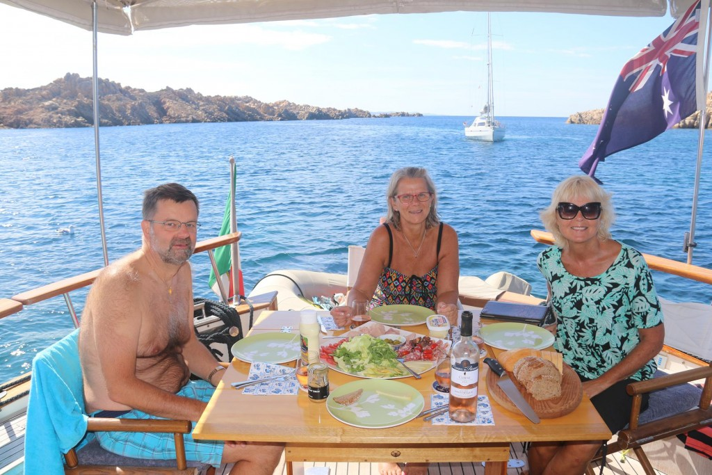 A late lunch is served after we all spent quite a while in the water which was actually warmer than the air temperature