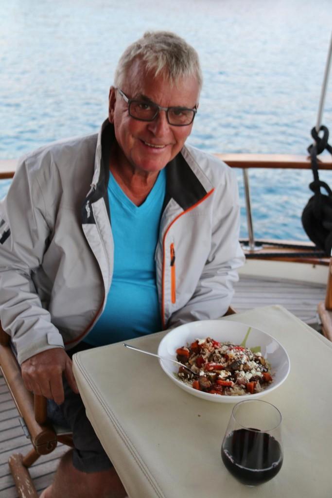 083 Vegetarian pasta for dinner aboard tonight