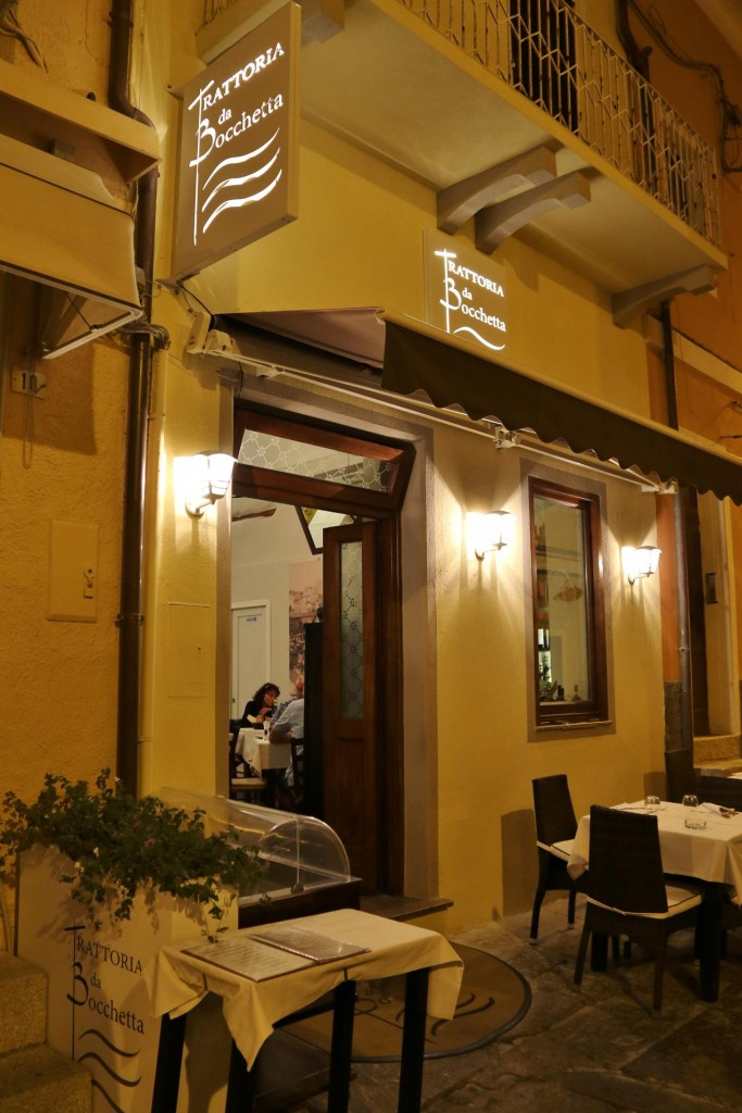 Trattoria de Bocchetta looked welcoming for dinner tonight
