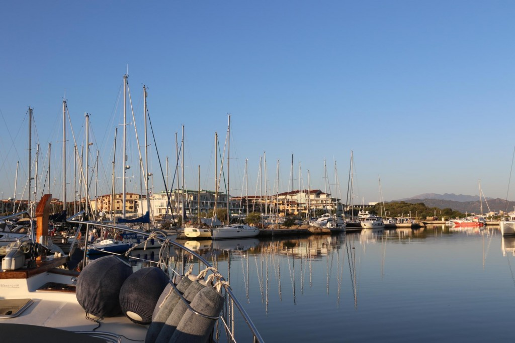 It is time for us to leave the Olbia Marina and continue south