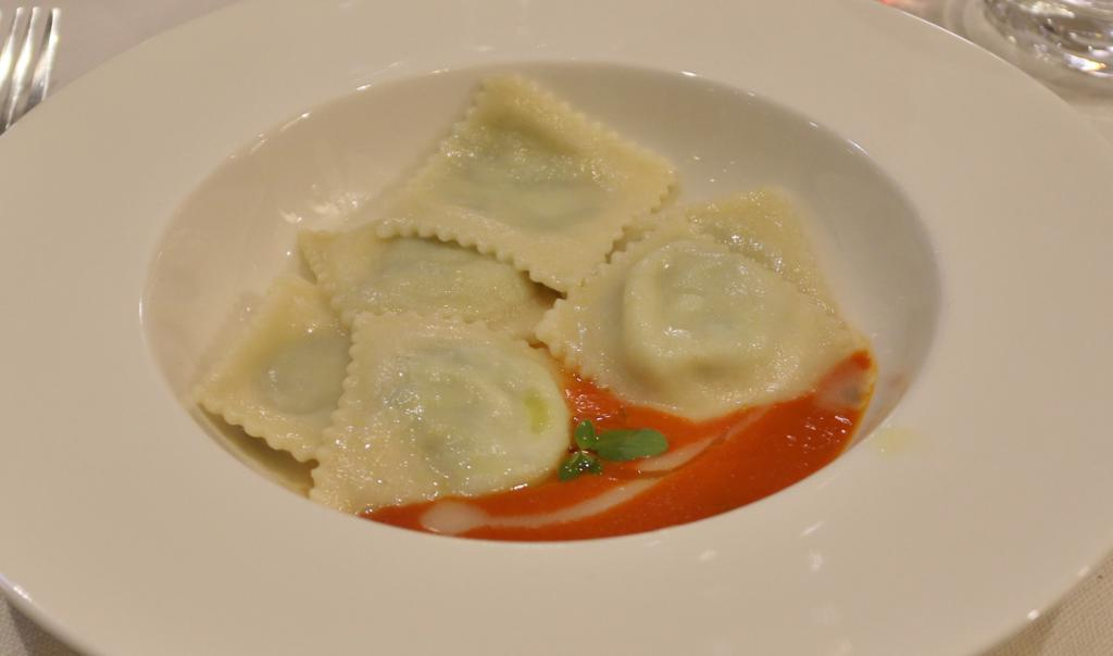 Followed by ravioli with ricotta with chard and cheese