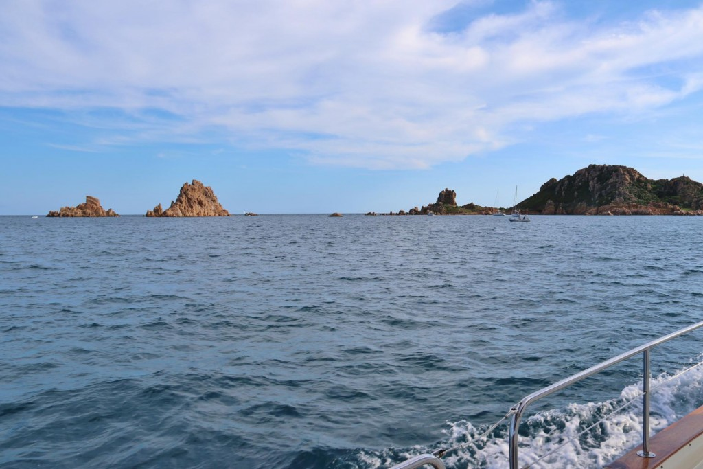 The group of islands, called Isola dell'Ogliastra, close to Arbataz seems to be a popular day anchorage for local boats