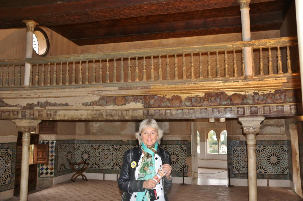 We visit one of the oldest surviving parts of the royal palaces, the Hall of the Mexuar