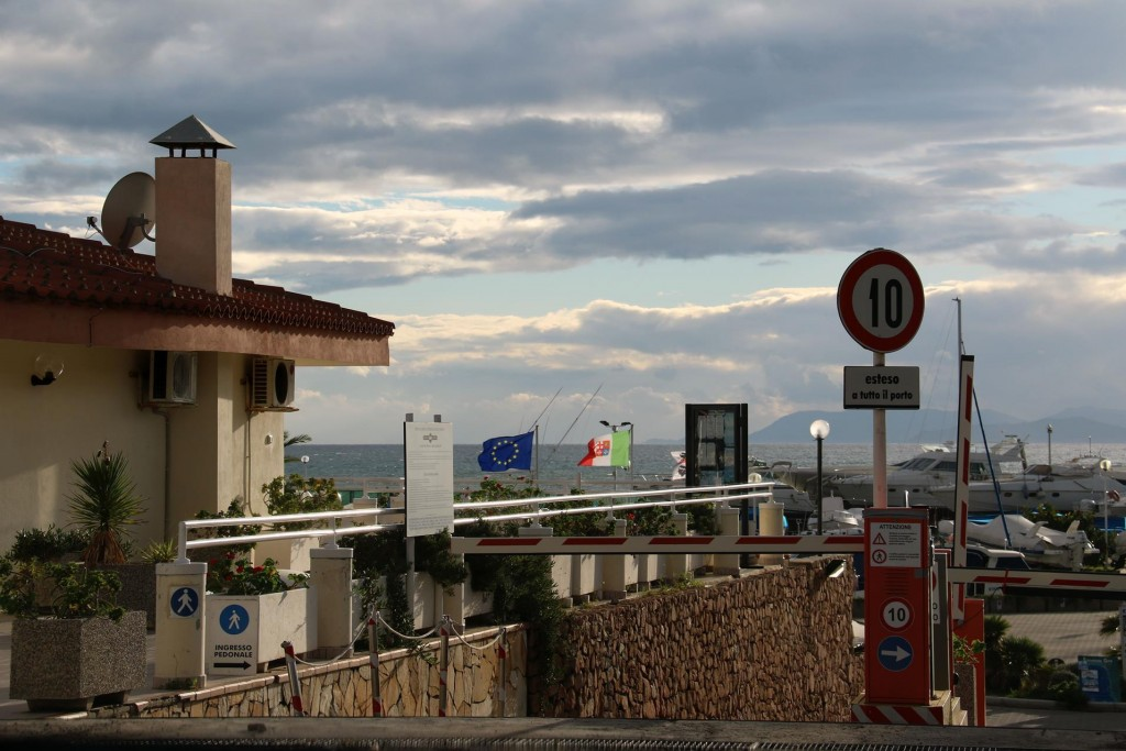 We arrive back at the Marina Di Capitana