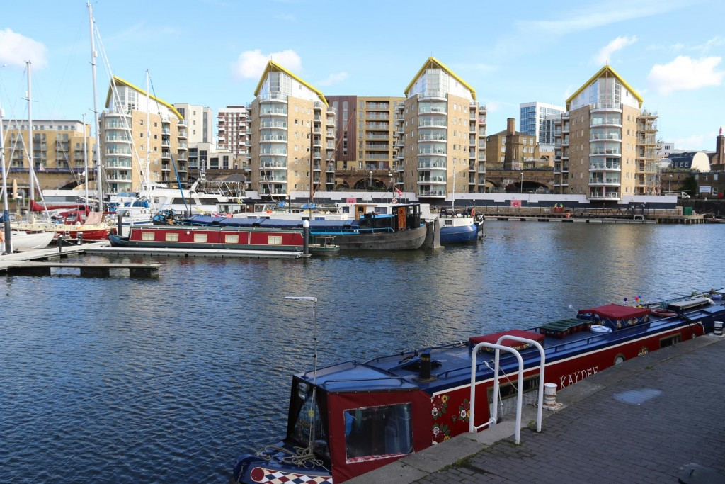 The outstanding view of the narrow boats in the basin from our small room's huge balcony, was amazing!!