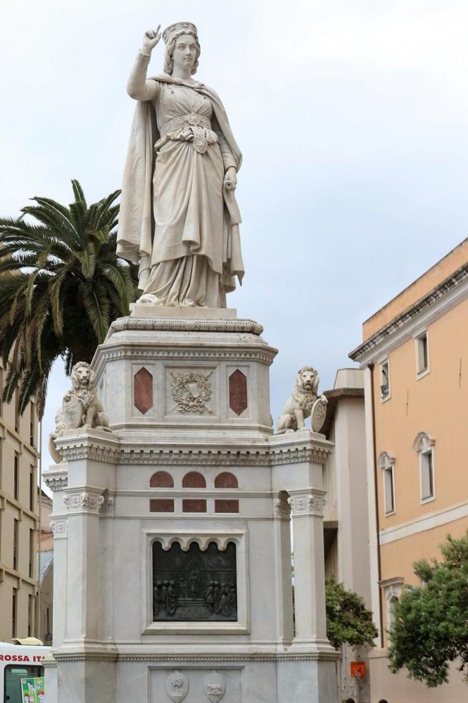 The 19th century Statue of Eleonora d'Arborea in the main square with the same name, in Oristano