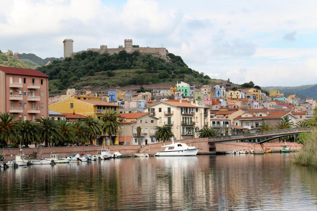 We  finally arrive in the beautiful town of Bosa which is on the sea and the main part of the old town is built on River Temo