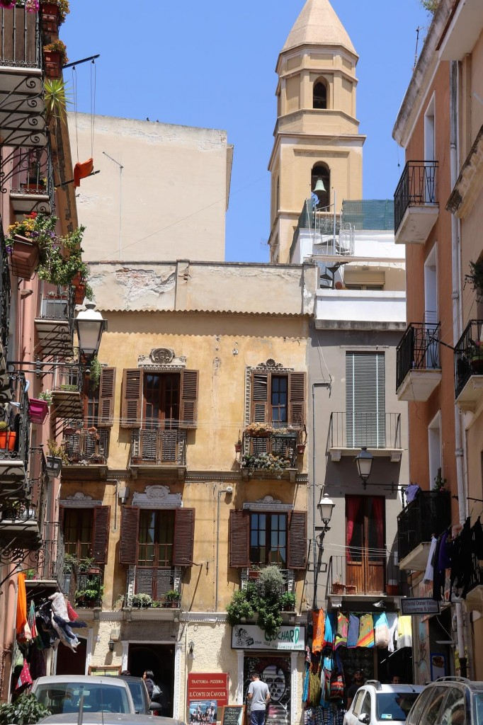 After we arrive in the port we take the short walk into the lovely old town