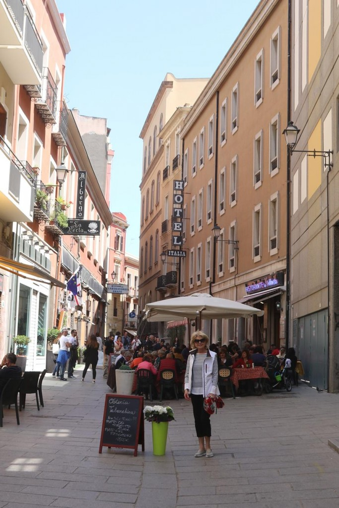 Many restaurants are situated in Via Sardegna one street back from Via Roma