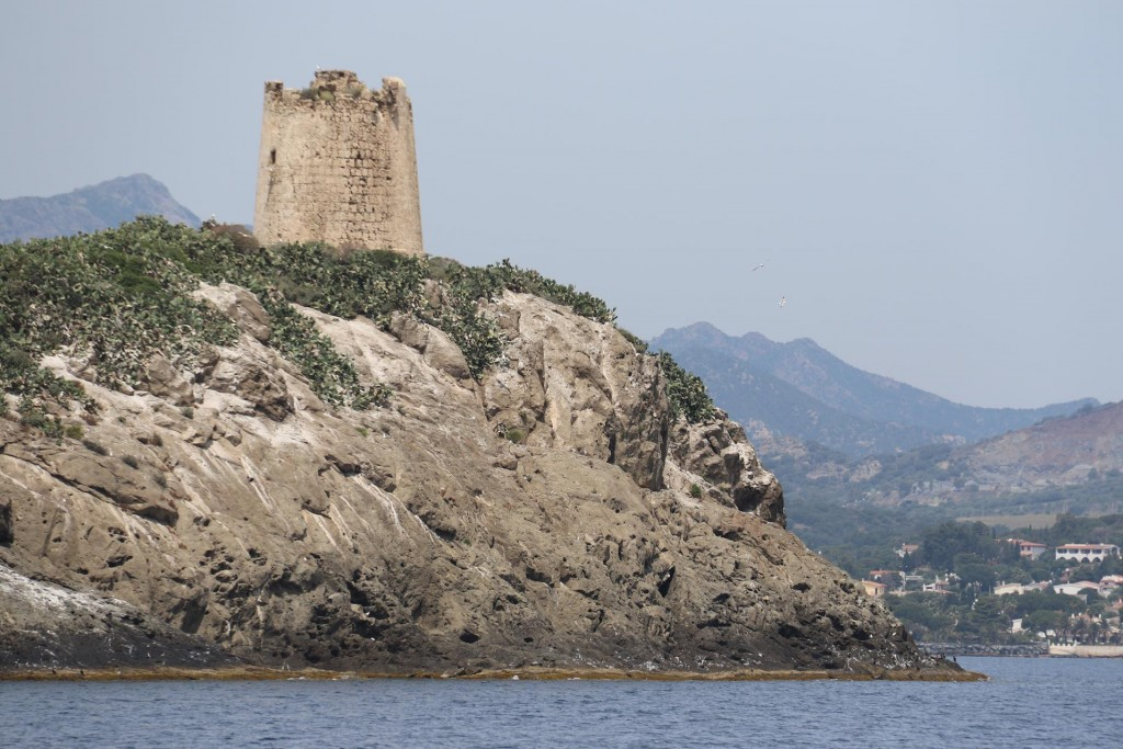 The tower of Isola Macario
