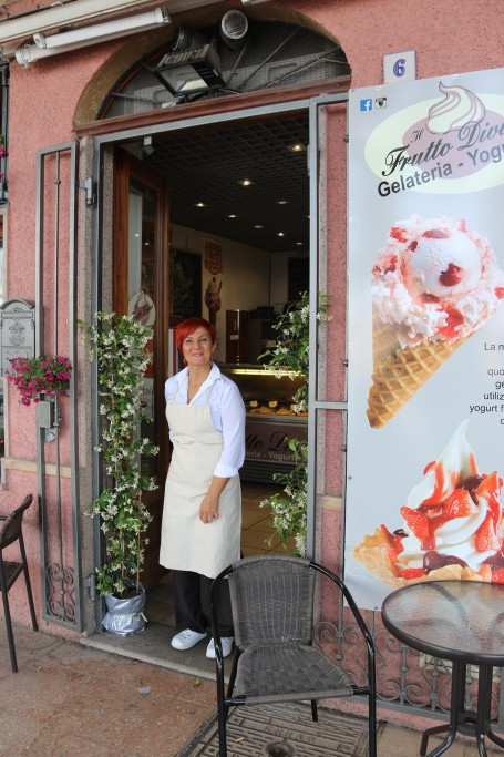Great service with a smile in one of the local gelaterias